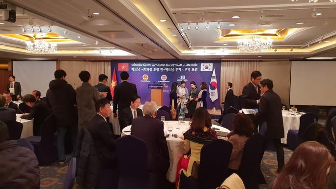 Có 9 người đi cùng chuyên cơ Chủ tịch QH thăm Hàn Quốc đã bỏ trốn - Ảnh 1.