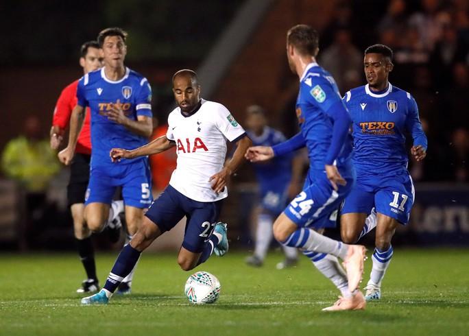 Đội bóng Hạng tư gây sốc ở League Cup, loại Tottenham trên chấm luân lưu - Ảnh 3.