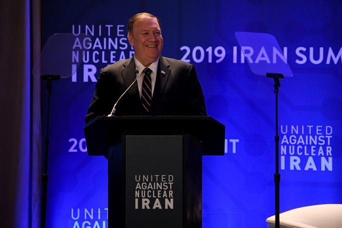 Kiềm chế Iran, Mỹ trừng phạt 5 công dân và 6 pháp nhân Trung Quốc - Ảnh 1.