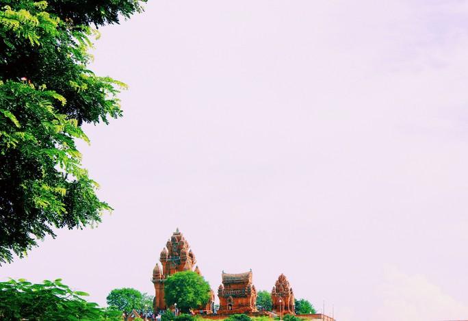 """Gọi tên những điểm """"check-in"""" ở Ninh Thuận mùa lễ hội Katê - Ảnh 1."""