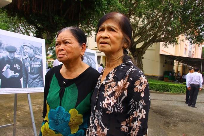 Lễ viếng Đại tá phi công Nguyễn Văn Bảy đang diễn ra tại quê nhà - Ảnh 20.