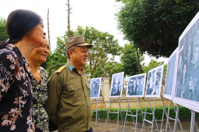 Lễ viếng Đại tá phi công Nguyễn Văn Bảy đang diễn ra tại quê nhà - Ảnh 16.