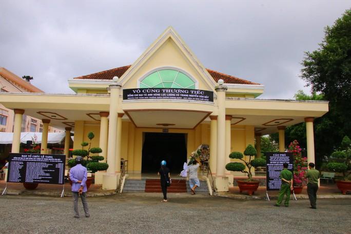 Lễ viếng Đại tá phi công Nguyễn Văn Bảy đang diễn ra tại quê nhà - Ảnh 19.
