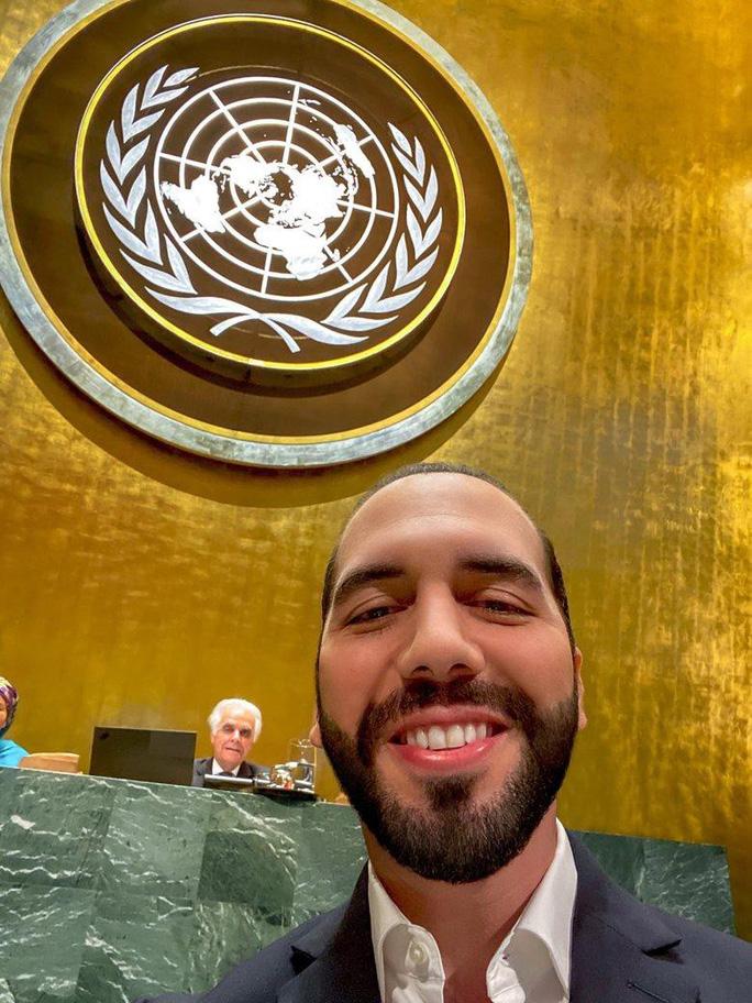 Tổng thống El Salvador chụp ảnh tự sướng tại Liên Hiệp Quốc - Ảnh 4.
