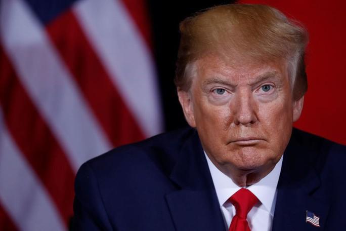 """Ông Trump tính """"hất cẳng"""" công ty Trung Quốc khỏi sàn chứng khoán Mỹ - Ảnh 2."""