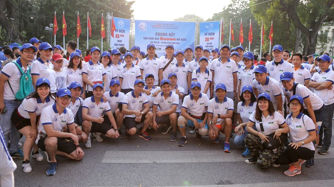 Gần 1.500 VĐV tham gia Giải chạy Báo Hà Nội Mới mở rộng lần thứ 46 - Ảnh 19.