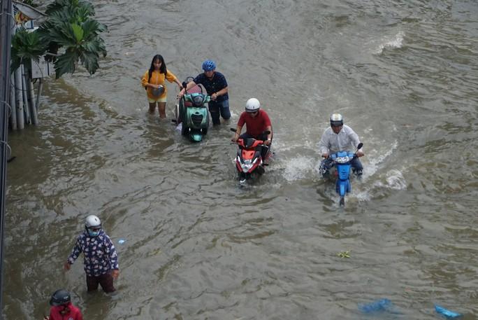 Nhiều rốn ngập ở TP HCM không bị ngập như dự báo triều cường - Ảnh 3.