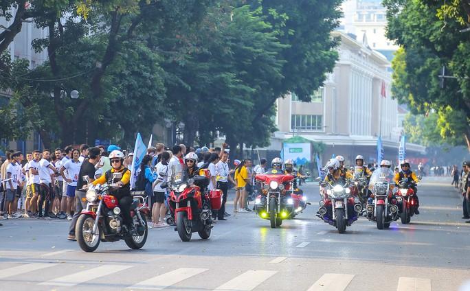 Gần 1.500 VĐV tham gia Giải chạy Báo Hà Nội Mới mở rộng lần thứ 46 - Ảnh 18.