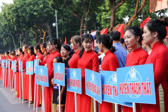 Gần 1.500 VĐV tham gia Giải chạy Báo Hà Nội Mới mở rộng lần thứ 46 - Ảnh 4.