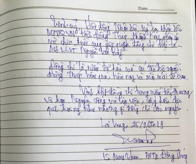 Xúc động những dòng chữ trong sổ tang Anh hùng phi công - Đại tá Nguyễn Văn Bảy - Ảnh 4.