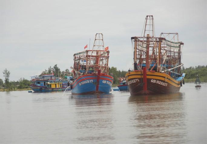 Quảng Trị: Mưa lớn khiến nhiều vùng bị nước dâng chia cắt - Ảnh 5.
