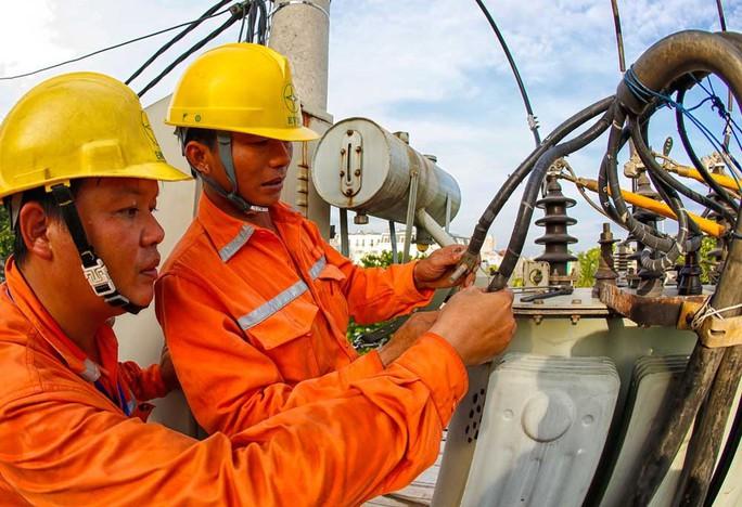 Bộ Công Thương kiểm tra chi phí sản xuất kinh doanh điện năm 2018 của EVN - Ảnh 1.