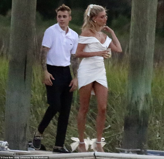 Justin Bieber và Hailey Baldwin đẹp đôi trước giờ cưới - Ảnh 5.