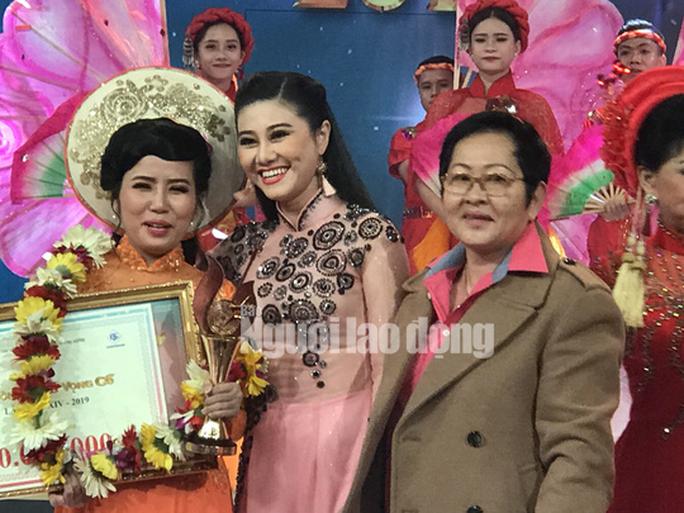Quách Thị Diễm Ngọc đoạt giải Chuông vàng vọng cổ 2019 - Ảnh 1.