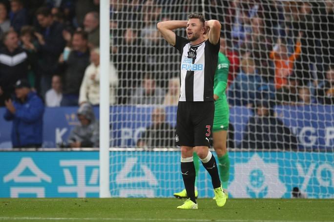 Hiện tượng tái xuất, Leicester đại thắng tại King Power - Ảnh 5.