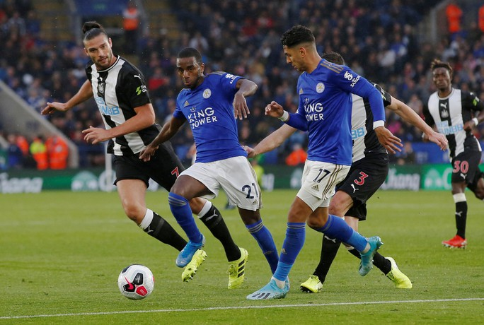 Hiện tượng tái xuất, Leicester đại thắng tại King Power - Ảnh 2.