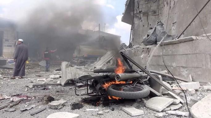 Phòng không Nga bắn hạ UAV lao vào căn cứ ở Syria - Ảnh 2.