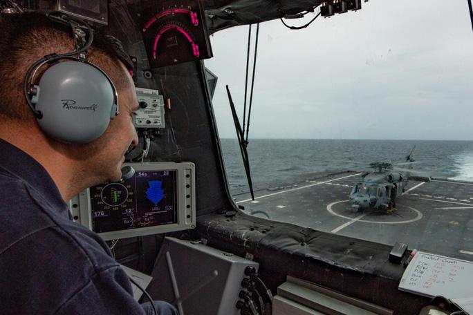 Hình ảnh tàu Hải quân Việt Nam tham gia cuộc Diễn tập hải quân ASEAN - Mỹ - Ảnh 6.