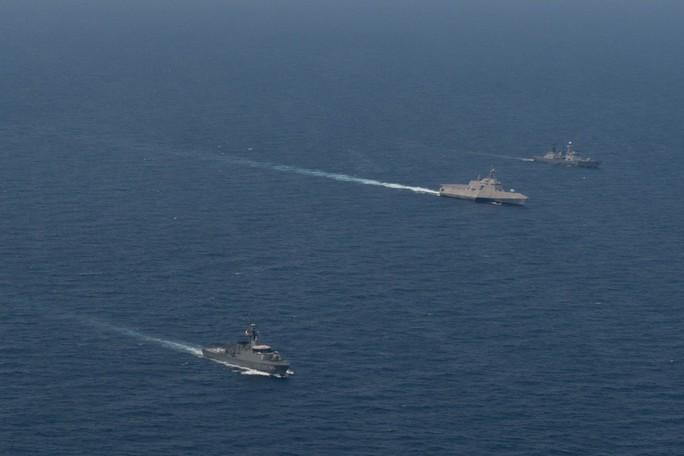 Hình ảnh tàu Hải quân Việt Nam tham gia cuộc Diễn tập hải quân ASEAN - Mỹ - Ảnh 2.
