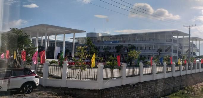Trungnam Group bàn giao ngôi trường 45 tỉ đồng cho Ninh Thuận trong ngày khai giảng - Ảnh 5.