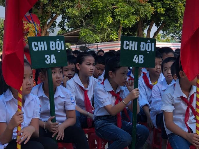Những hình ảnh học sinh, sinh viên cả nước khai giảng năm học mới - Ảnh 6.