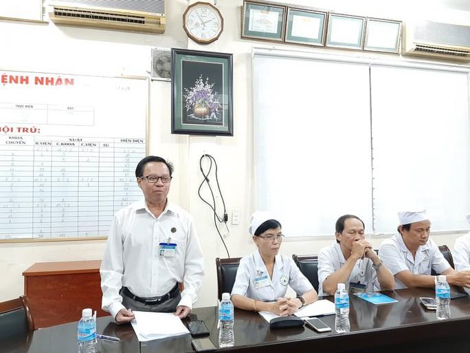 Bệnh viện Nhi Đồng Nai thừa nhận sai khi mổ ruột thừa cho bé... gãy xương chậu - Ảnh 1.
