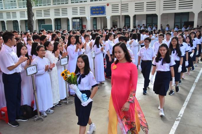 Bí thư Thành ủy TP HCM: Trường THPT Lê Quý Đôn phải là trường hàng đầu của TP - Ảnh 4.