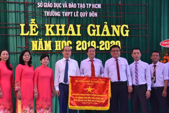 Bí thư Thành ủy TP HCM: Trường THPT Lê Quý Đôn phải là trường hàng đầu của TP - Ảnh 9.