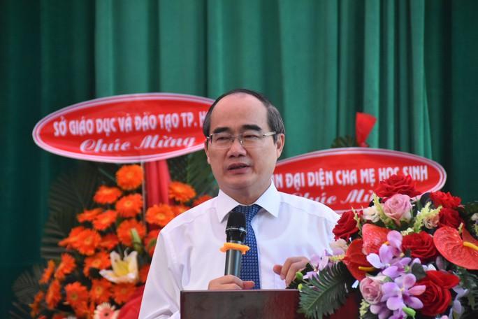 Bí thư Thành ủy TP HCM: Trường THPT Lê Quý Đôn phải là trường hàng đầu của TP - Ảnh 1.