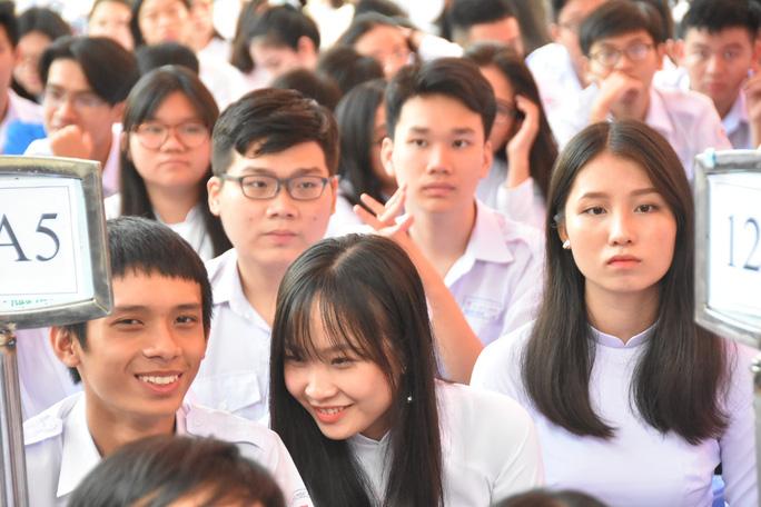 Bí thư Thành ủy TP HCM: Trường THPT Lê Quý Đôn phải là trường hàng đầu của TP - Ảnh 16.