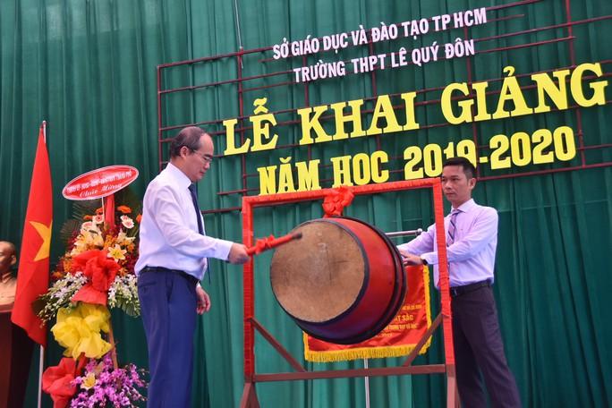 Bí thư Thành ủy TP HCM: Trường THPT Lê Quý Đôn phải là trường hàng đầu của TP - Ảnh 2.