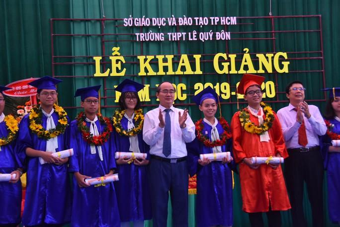 Bí thư Thành ủy TP HCM: Trường THPT Lê Quý Đôn phải là trường hàng đầu của TP - Ảnh 10.