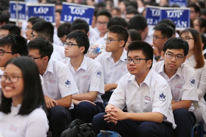 Bí thư Thành ủy TP HCM: Trường THPT Lê Quý Đôn phải là trường hàng đầu của TP - Ảnh 20.