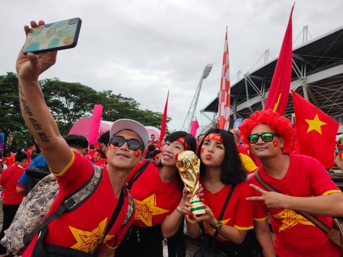 Thái Lan - Việt Nam: Chia điểm thuyết phục tại Thammasat - Ảnh 9.