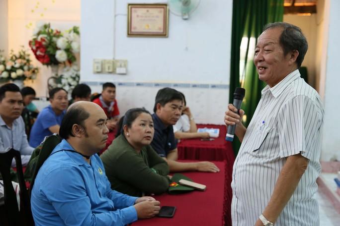 Cán bộ Công đoàn TP HCM về thăm Côn Đảo - Ảnh 2.