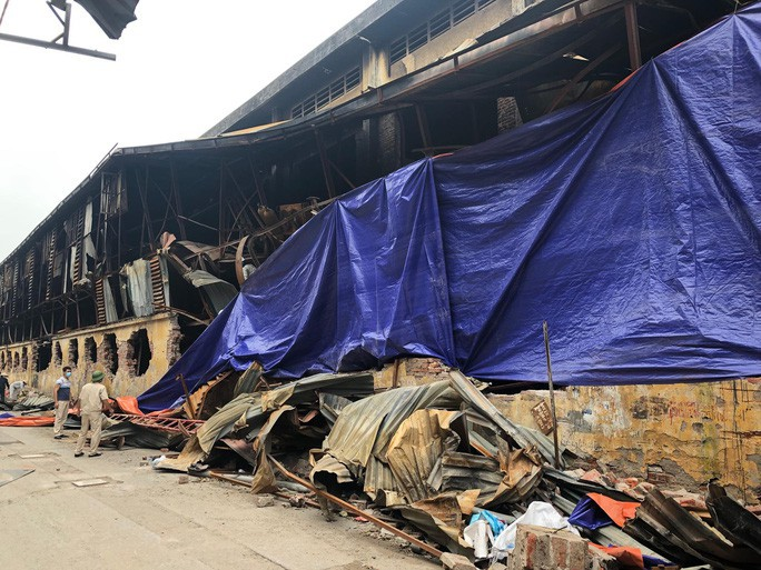 Công ty Rạng Đông gửi thư xin lỗi về vụ hỏa hoạn - Ảnh 1.