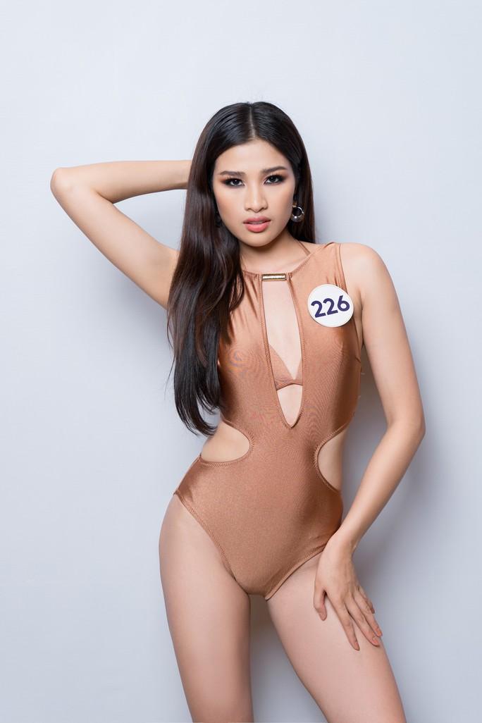 Hé lộ loạt bikini đầu tiên của mùa Hoa hậu Hoàn vũ 2019 - Ảnh 12.
