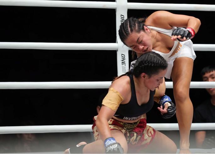 Nguyễn Trần Duy Nhất cám ơn vợ sau chiến thắng đầu tay tại ONE Championship 2019 - Ảnh 3.