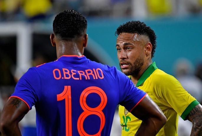 Neymar tái xuất và ghi bàn, Brazil hòa thót tim Colombia - Ảnh 3.