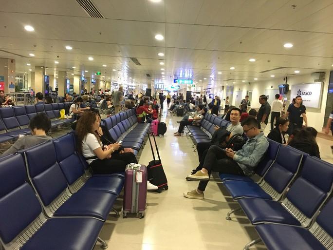 Hoãn nhiều chuyến bay đến Nhật vì siêu bão Faxai - Ảnh 1.