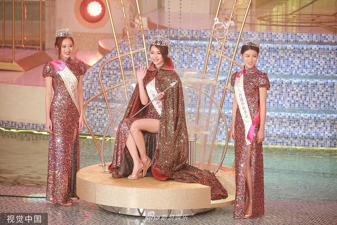 Tiểu Quách Khả Doanh đăng quang Hoa hậu Hồng Kông 2019 - Ảnh 5.
