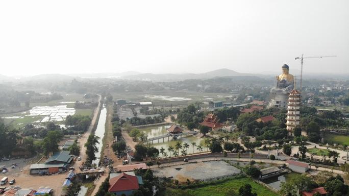 Cận cảnh tượng phật A Di Đà lớn nhất Đông Nam Á đang hoàn thiện ở Hà Nội - Ảnh 5.
