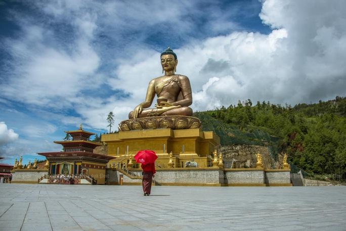 """2020: Nhất định phải đến """"quốc gia hạnh phúc nhất thế giới"""" Bhutan - Ảnh 3."""