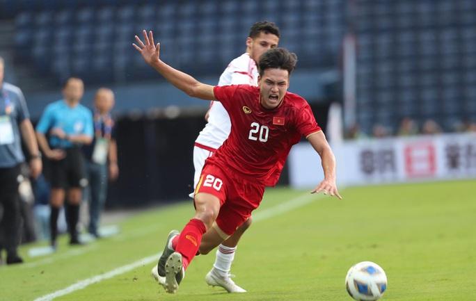 Báo chí châu Á cho rằng U23 Việt Nam thoát thua nhờ VAR - Ảnh 5.