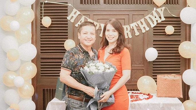 Nghệ sĩ Chí Trung ly hôn Ngọc Huyền, đã có bạn gái mới - Ảnh 1.