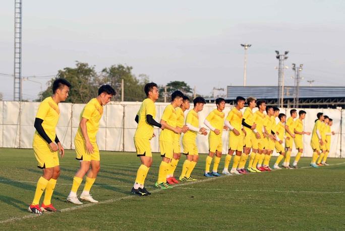 Đội hình xuất phát U23 Việt Nam gặp UAE tối nay: Sẽ có bất ngờ ở đường biên? - Ảnh 1.