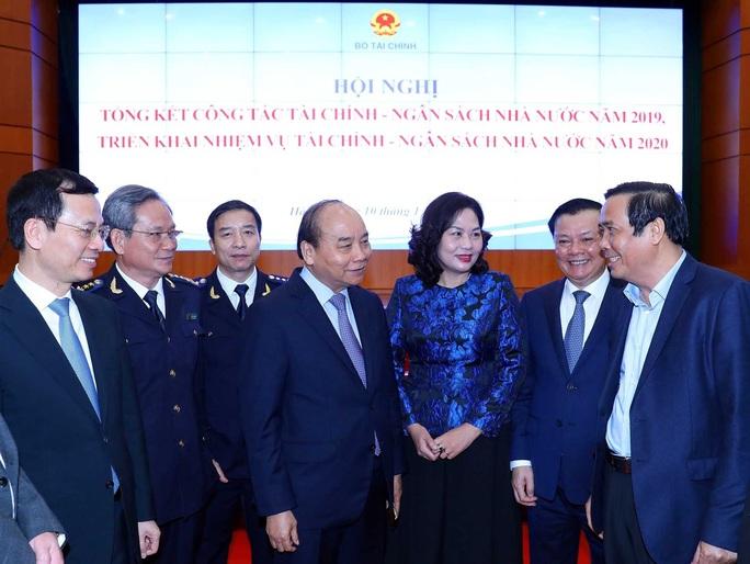 Thủ tướng yêu cầu giảm chi hội nghị, hội thảo để tạo nguồn cải cách tiền lương - Ảnh 1.