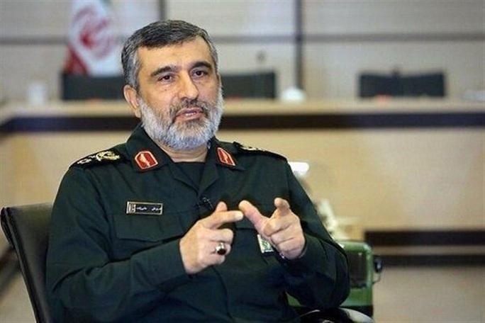 Phản ứng bất ngờ của chỉ huy Iran khi máy bay Ukraine trúng tên lửa - Ảnh 1.