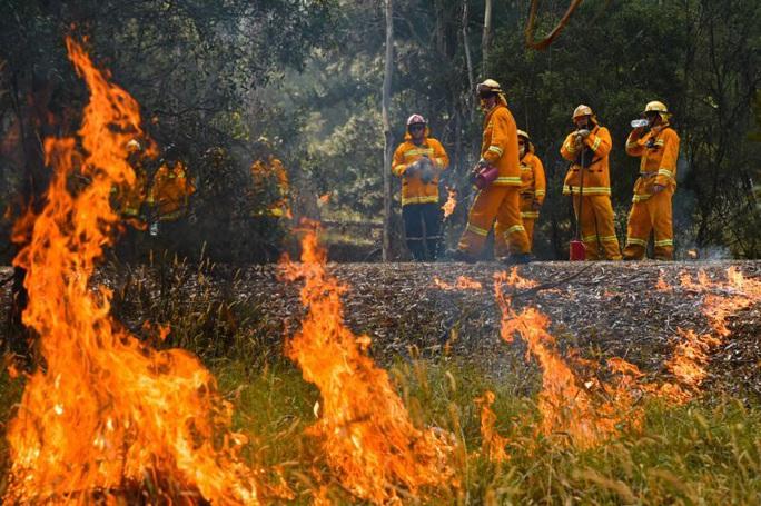 Úc: Cháy rừng hai bang nhập 1, siêu hỏa ngục hình thành - Ảnh 2.