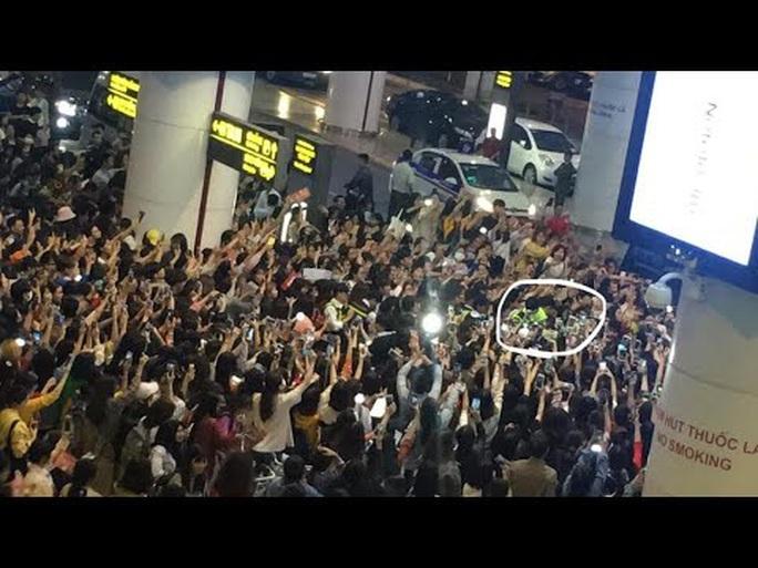 Fan Việt chen lấn, xô đẩy sao Hàn bị lên báo ngoại - Ảnh 2.